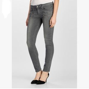 Paige Transcend  Edgemont High Waist Skinny Jeans